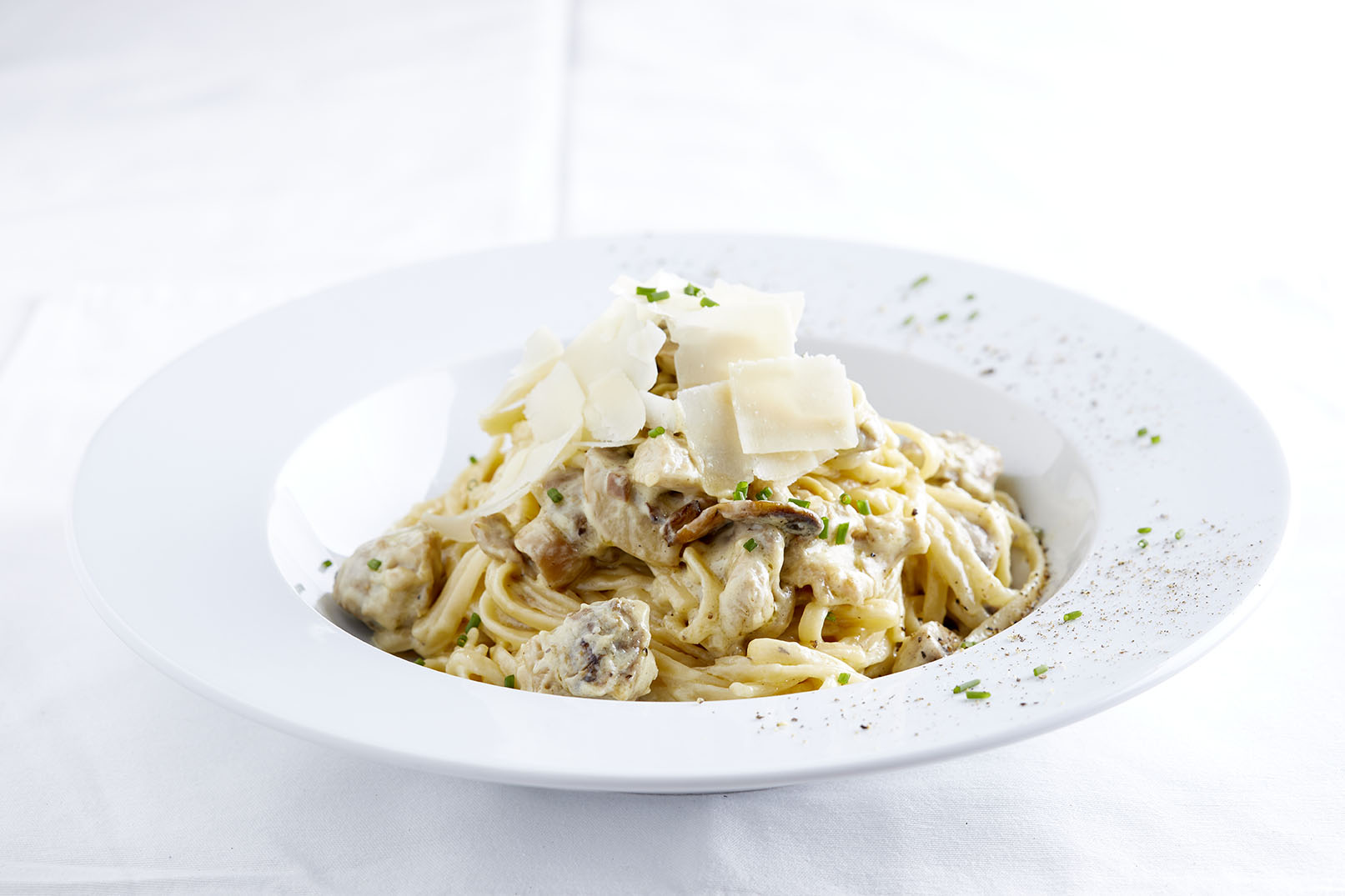 Linguini with Chicken, Mushrooms